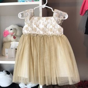 Other - Beautiful Toddler Dress